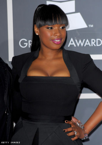 Who's your favorite curvy fashionista?