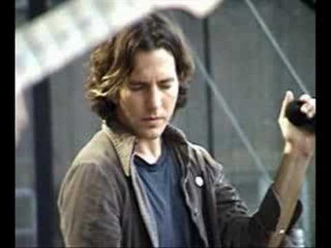 Eddie and Pearl Jam <3