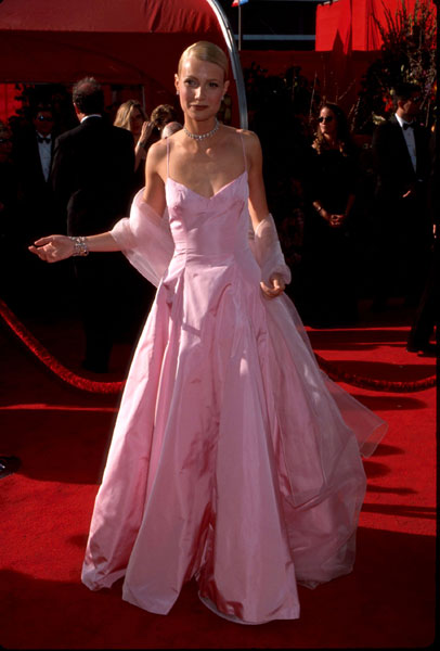Gwyneth Paltrow at the 1999 Academy Awards