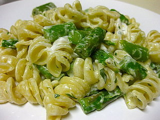 Fast and Easy Asparagus and Goat Cheese Pasta Recipe