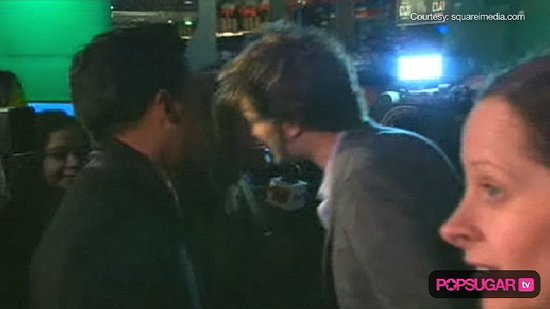 Video of Robert Pattinson at the Remember Me Premiere in London 2010-03-17 16:26:39