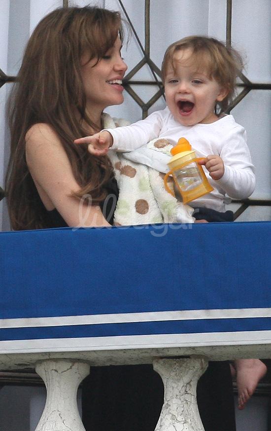 Knox Jolie-Pitt and Angelina in Venice
