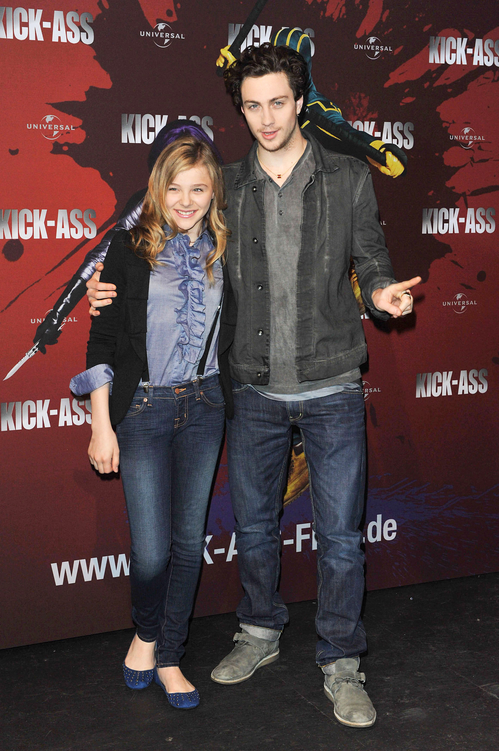 photos of aaron johnson and chloe moretz promoting kick