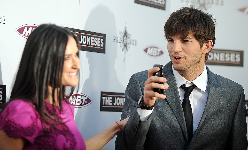 Pictures of Ashton Kutcher and Demi Moore at The Joneses Premiere