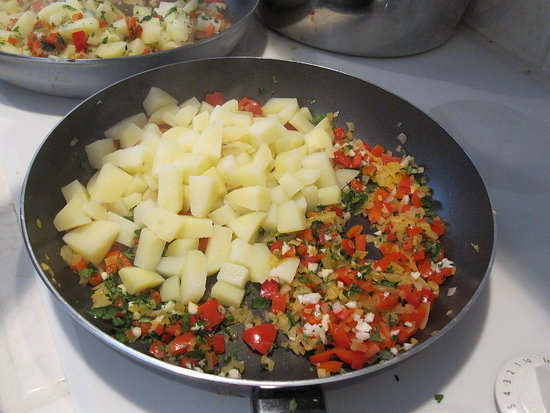 Bell Pepper and Cheddar Frittata Recipe 2010-04-13 17:09:54