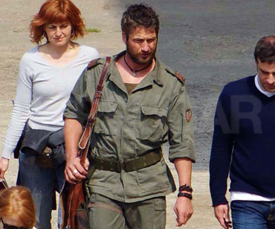 Slide Pictures of Gerard Butler on the Set of Coriolanus in Belgrade