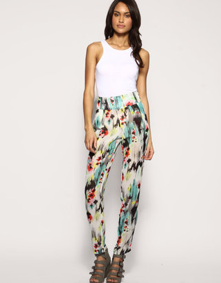 Trend Alert: Printed Pants and Trousers