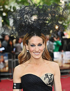 Sarah Jessica Parker Headdress Pics From the Sex and the City 2 UK Premiere