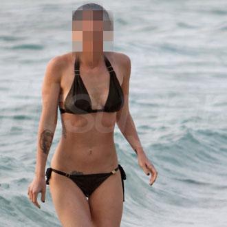 Pictures of Celebrities in Bikinis 2010-06-21 05:50:30