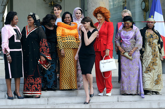 Carla Bruni-Sarkozy Poses With African First Ladies on Elysee Steps