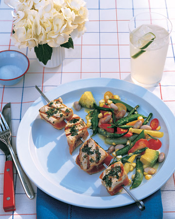 Fast and Easy Recipe For Grilled, Seared Tuna Skewers