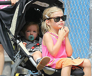 Slide Picture of Violet and Seraphina Affleck in NYC