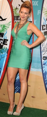Hilary Duff Wears Herve Leger to the 2010 Teen Choice Awards