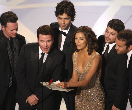 Eva Longoria joined the Entourage cast to present an award in 2007.