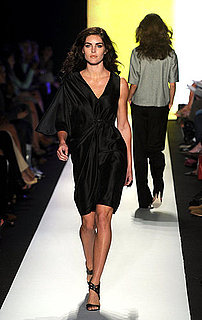 Hilary Rhoda Walks the Runway For the First Time in Three Years at Ports 1961 Spring 2011