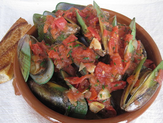 Mussels in Tomato Broth Recipe