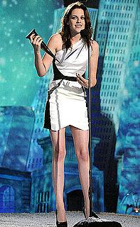 Pictures of Kristen Stewart, Nikki Reed, and Jackson Rathbone at 2010 Spike Scream Awards