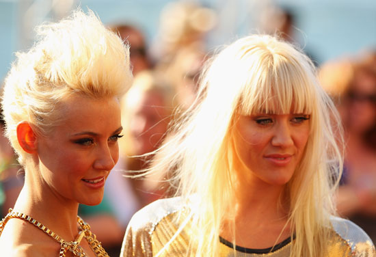 miriam and olivia nervo red carpet rewind see all the