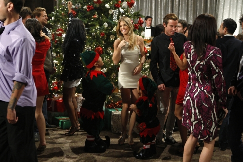 "90210 ""Holiday Madness"" Midseason Finale Recap"