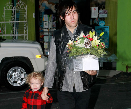 Slide Picture of Pete Wentz and Bronx in LA