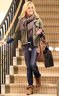 Reese Witherspoon Style 2010-12-17 11:10:51