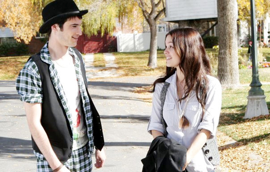 Waiting For Forever Trailer With Tom Sturridge and Rachel Bilson 2010-12-17 10:16:10