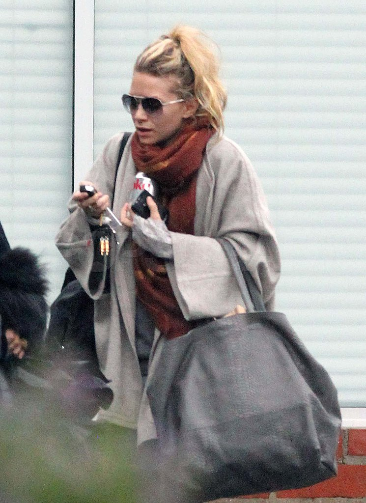 Pictures of Mary-Kate and Ashley Olsen Out in LA ...