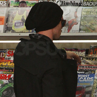 Guess Who's Stopping by the Newsstand?