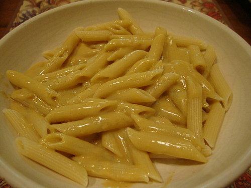 Amazing Mac 'N Cheez Sauce