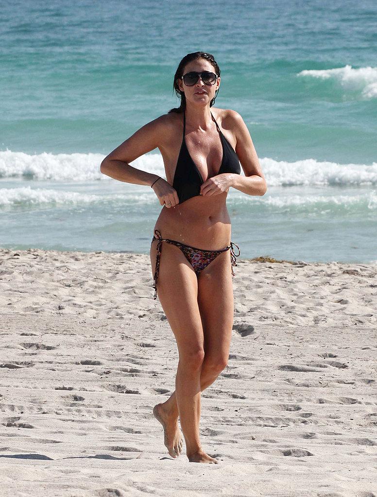 Pictures of Lisa Snowdon in a Bikini | POPSUGAR Celebrity UK: www.popsugar.co.uk/celebrity/Pictures-Lisa-Snowdon-Bikini-13631718