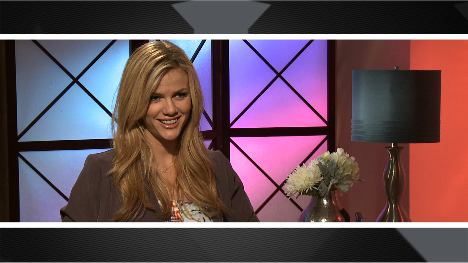 Video Interview With Brooklyn Decker About Just Go With It ... Jennifer Aniston Just Go With It Bikini