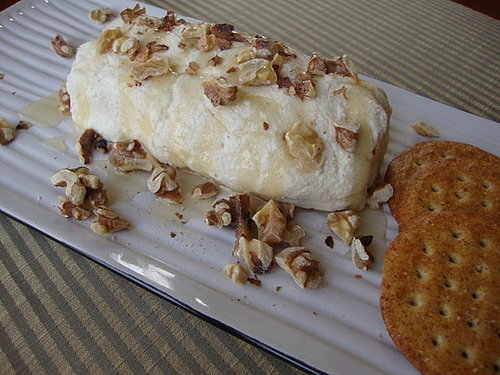 Almond Cheeze Log