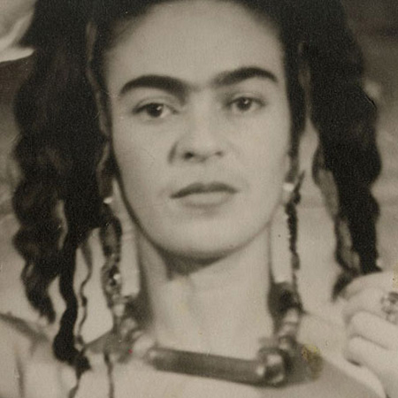Beauty Biography of Frida Kahlo 2010-10-29 11:24:40