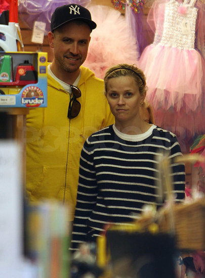 Pictures of Reese Witherspoon and Jim Toth Shopping After Oscars