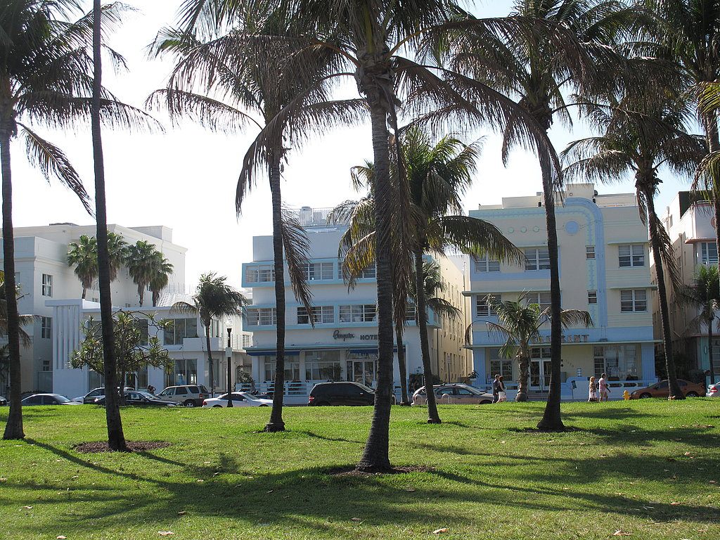 The tasting tents were on the beach adjacent to 14th Street and Ocean, right in the heart of South Beach.