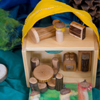 Traveling Dollhouses For Children