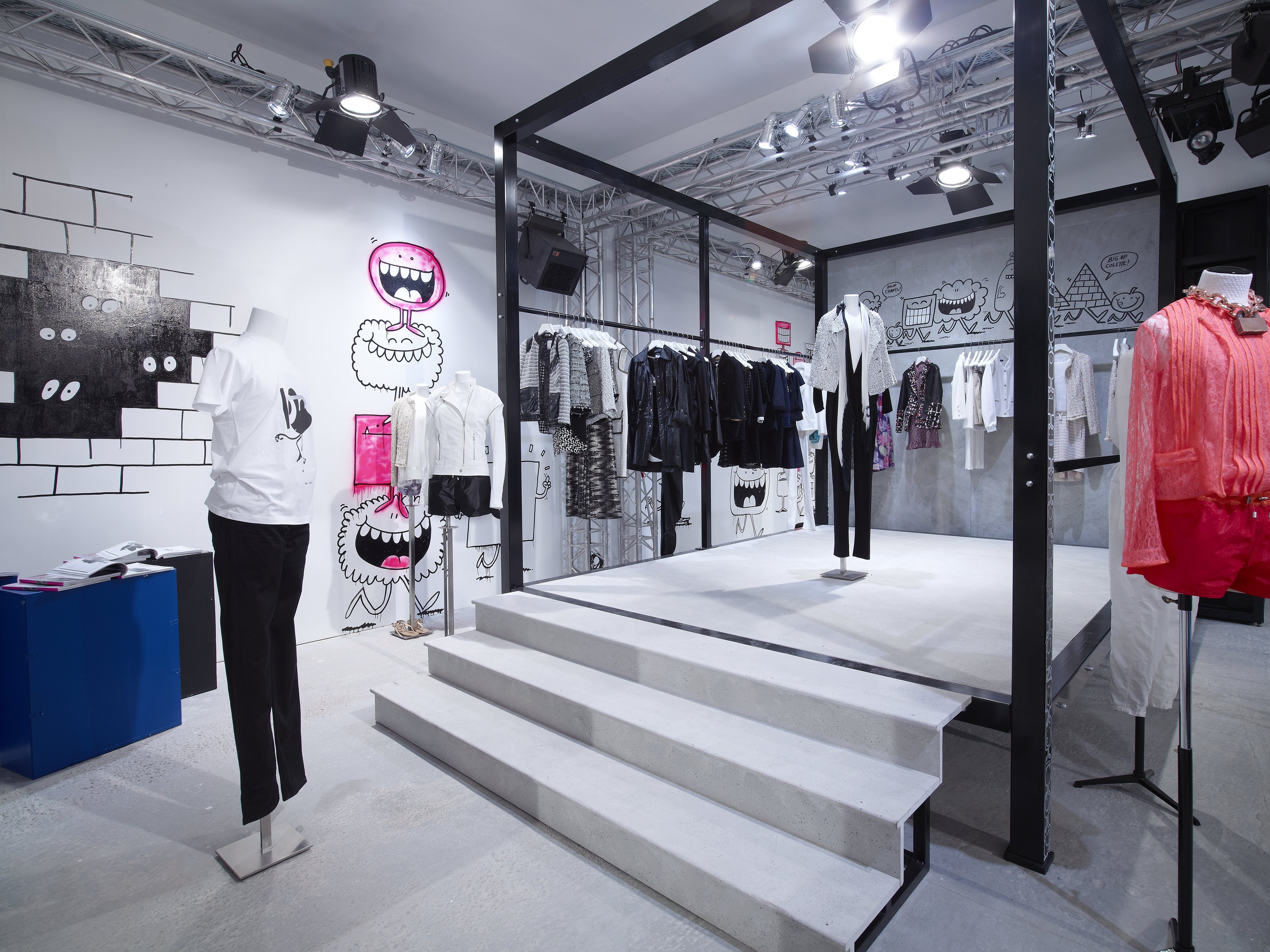Chanel and colette collaborate on pop up store rue st honore paris popsuga - Colette paris magasin ...