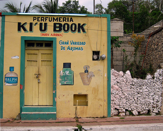 Ki'u Book Perfume Shop in Valladolid, Mexico