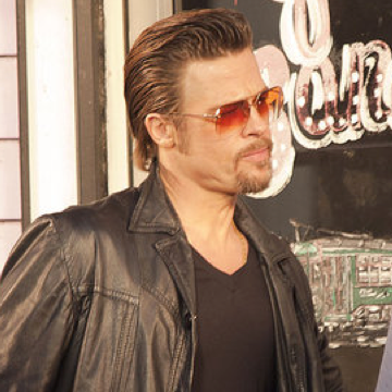Pictures of Brad Pitt on the New Orlean's Set of Cogan's Trade