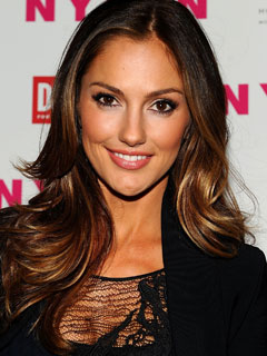 Minka Kelly earned a  million dollar salary - leaving the net worth at 3 million in 2018