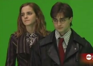 Video of Daniel Radcliffe, Emma Watson and Rupert Grint Shooting Their Last Scene For Harry Potter