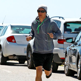 Pictures of Matthew McConaughey Running