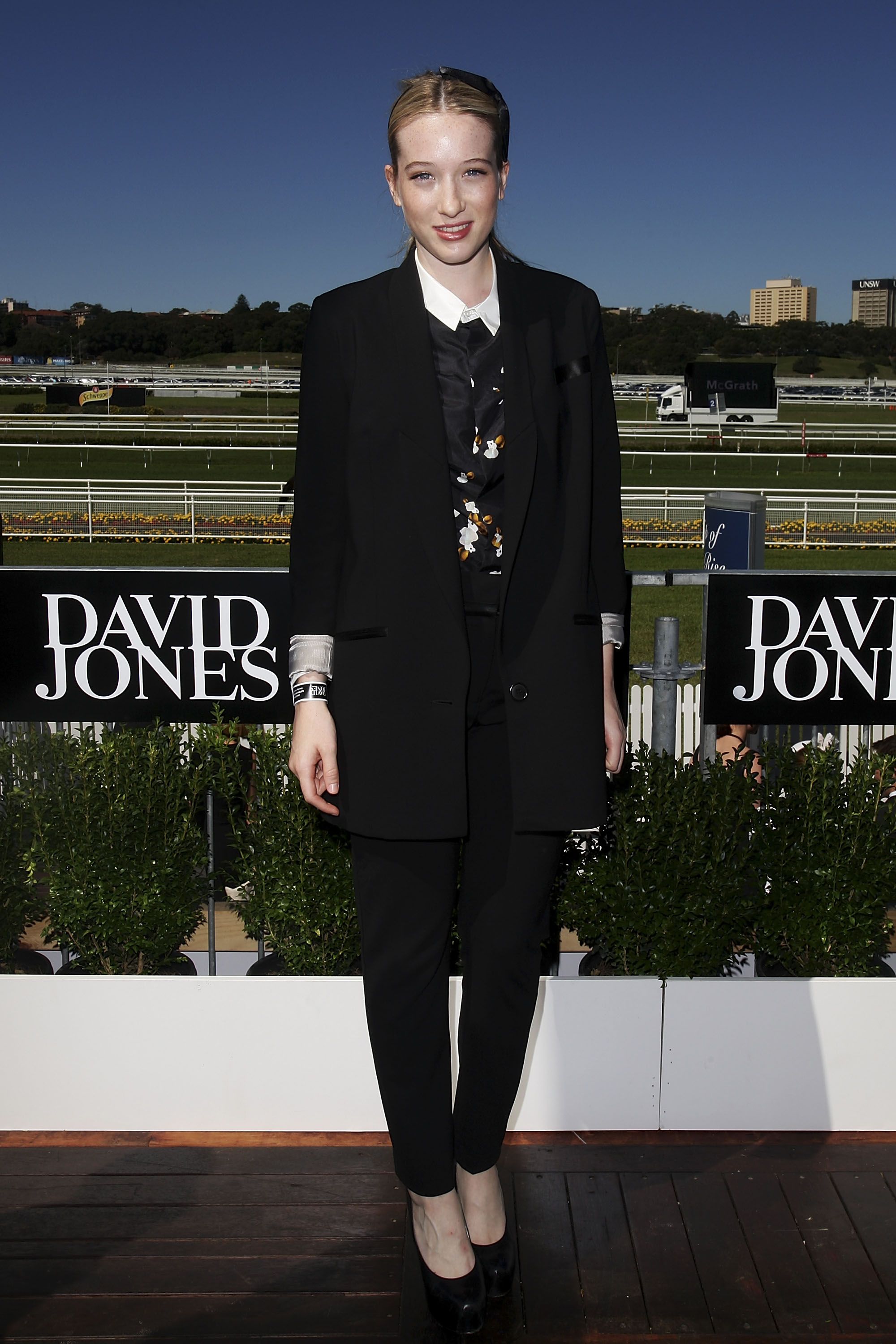 Sophie Lowe opted for a chic manstyle inspired get up for Saturday's Derby Day.