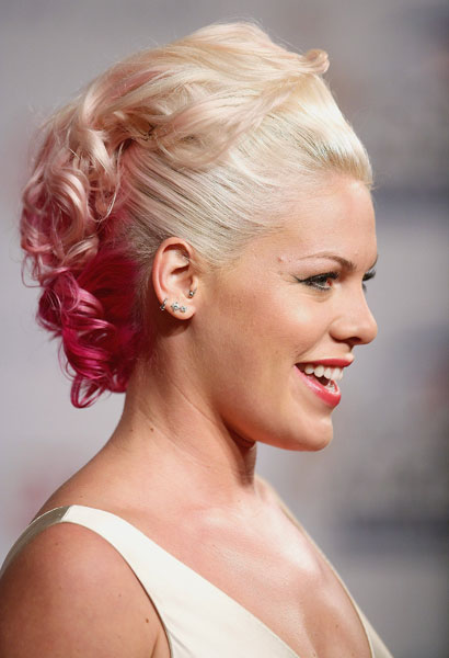 2006: Pink
