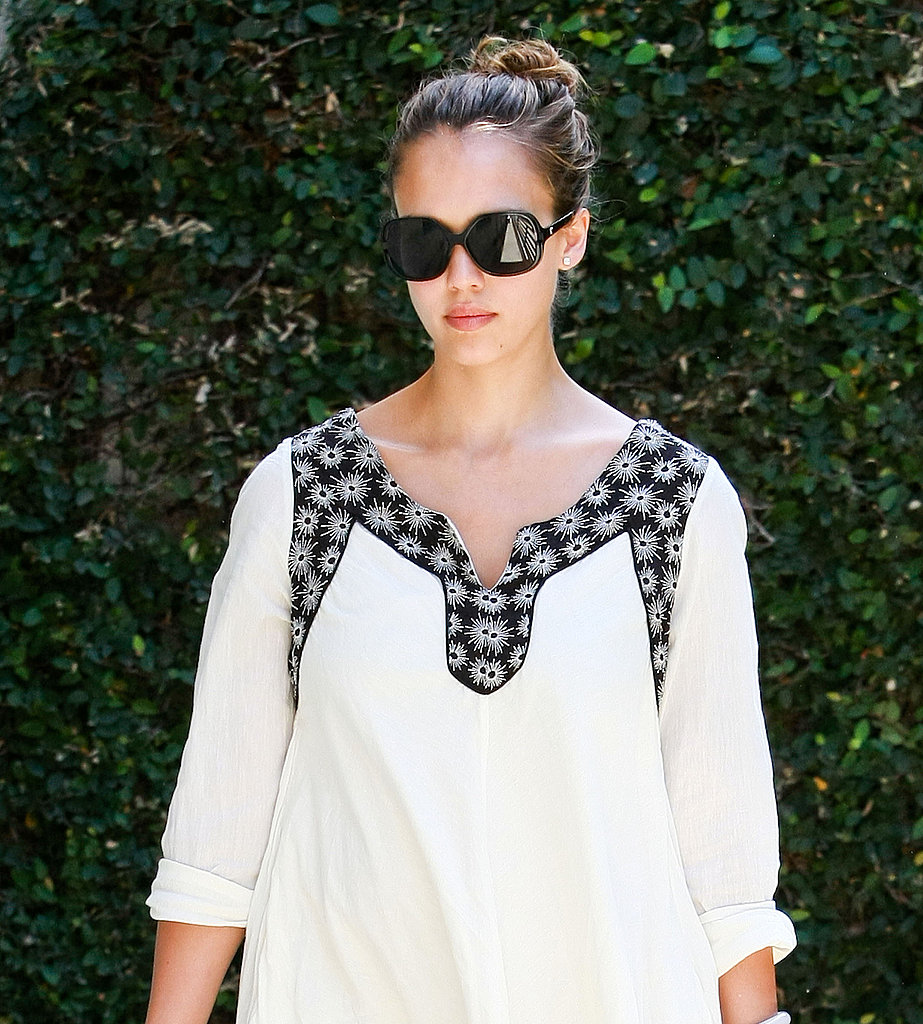 Jessica Alba Celebrates Her 30th in Style With a Spa Outing