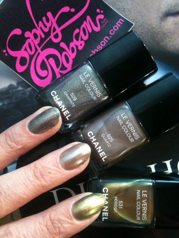 New Chanel nail colours — Graphite, Peridot and Quartz! Twitter User: sophynails