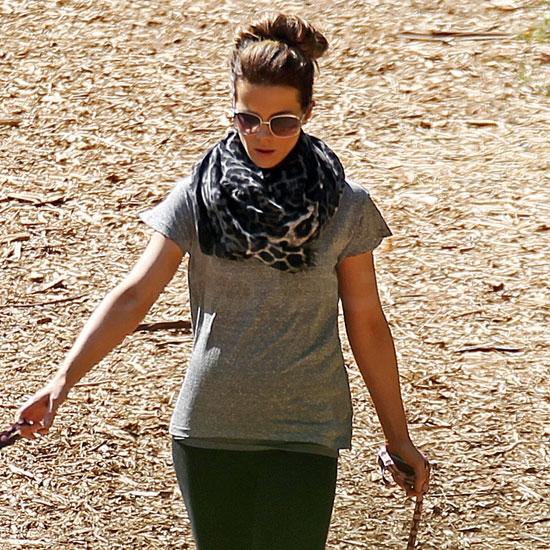 Kate Beckinsale Pictures Looking Possibly Pregnant