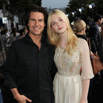 Tom Cruise Pictures at the Super 8 Premiere With Elle Fanning