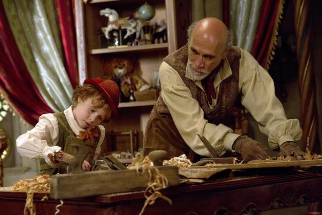Jakob Davies and Tony Amendola on ABC&#039;s Once Upon a Time.