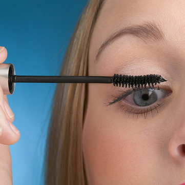 Dress Codes That Require Makeup
